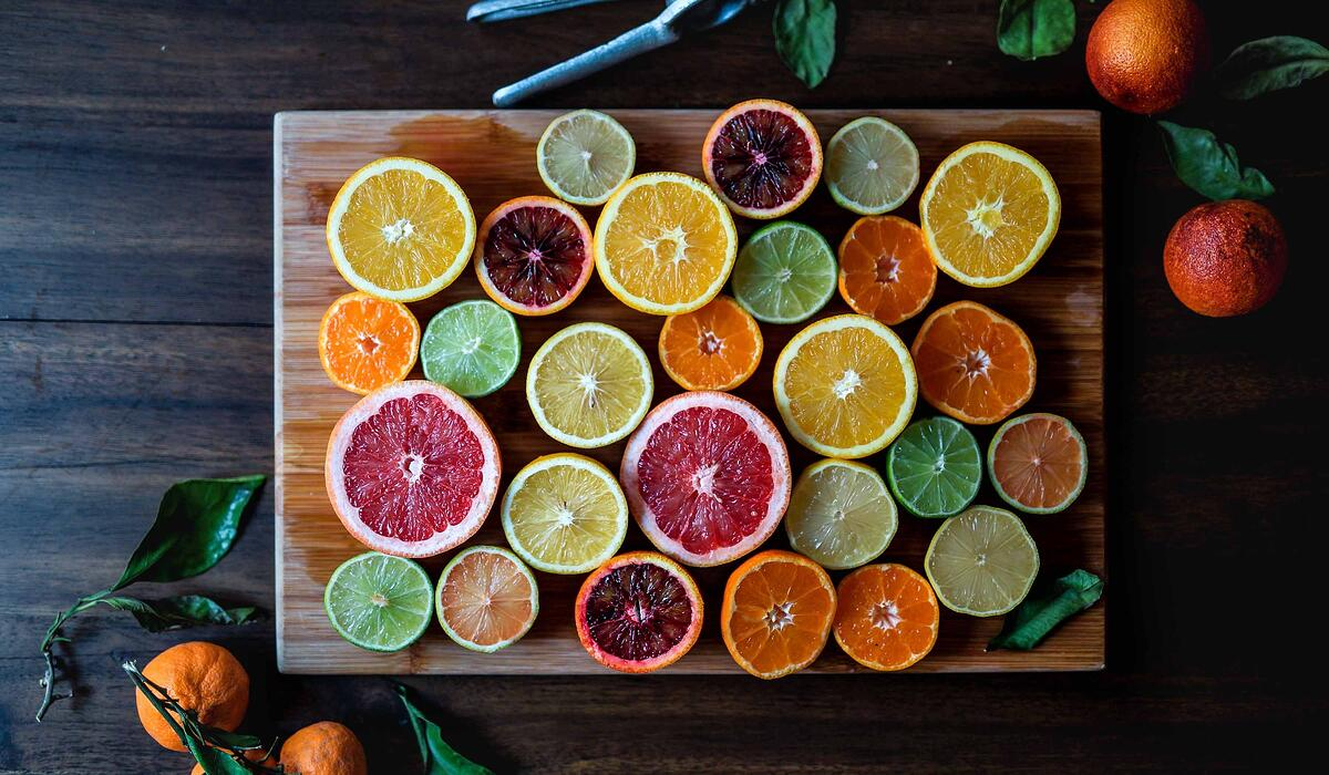 citrus-slices-edgar-castrejon-1CsaVdwfIew-unsplash